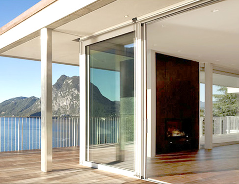 Fabricantes de puertas para terrazas en barcelona puertas for Casetas aluminio para terrazas